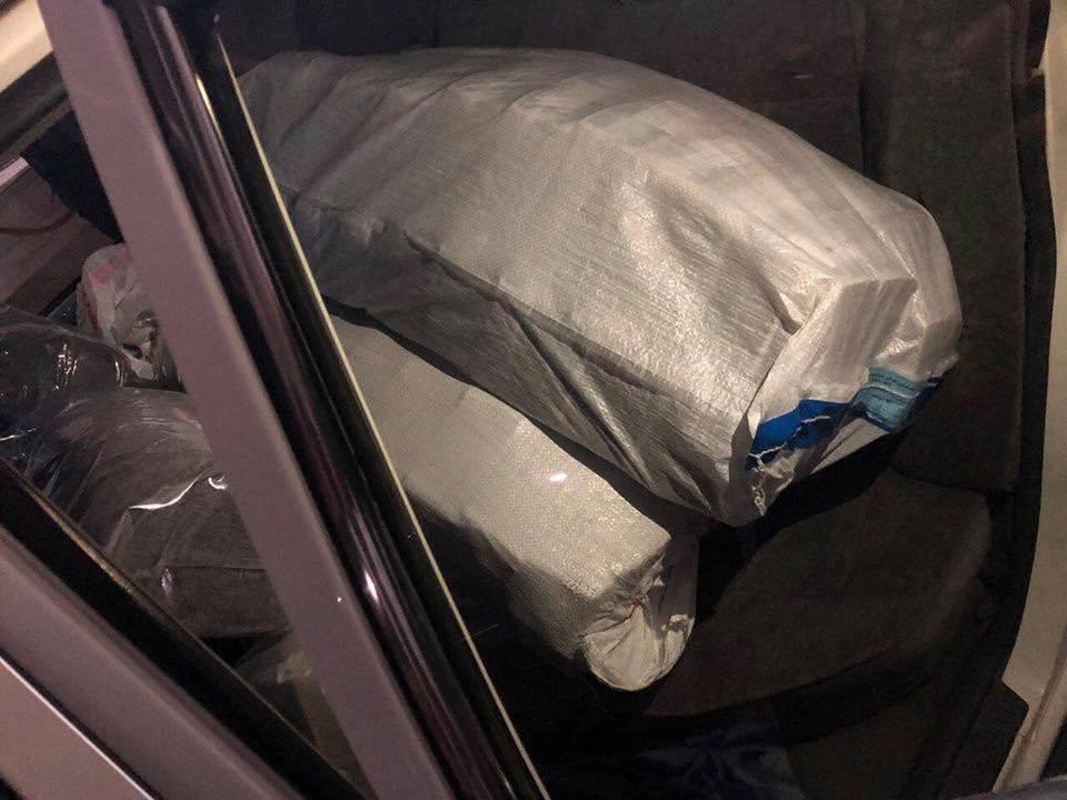 بالصور: اعتقال عصابة سرقت مليار دينار في السليمانية