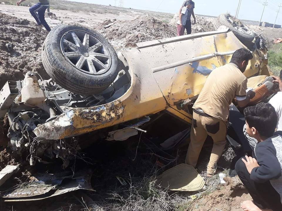 """صور: حادث سير """"مروع"""" يتسبب بوفاة امرأة واصابة اخرين"""