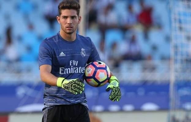 هل تعلم أن ابن زيدان يلعب في صفوف ريال مدريد؟ لكن والده سيطرده
