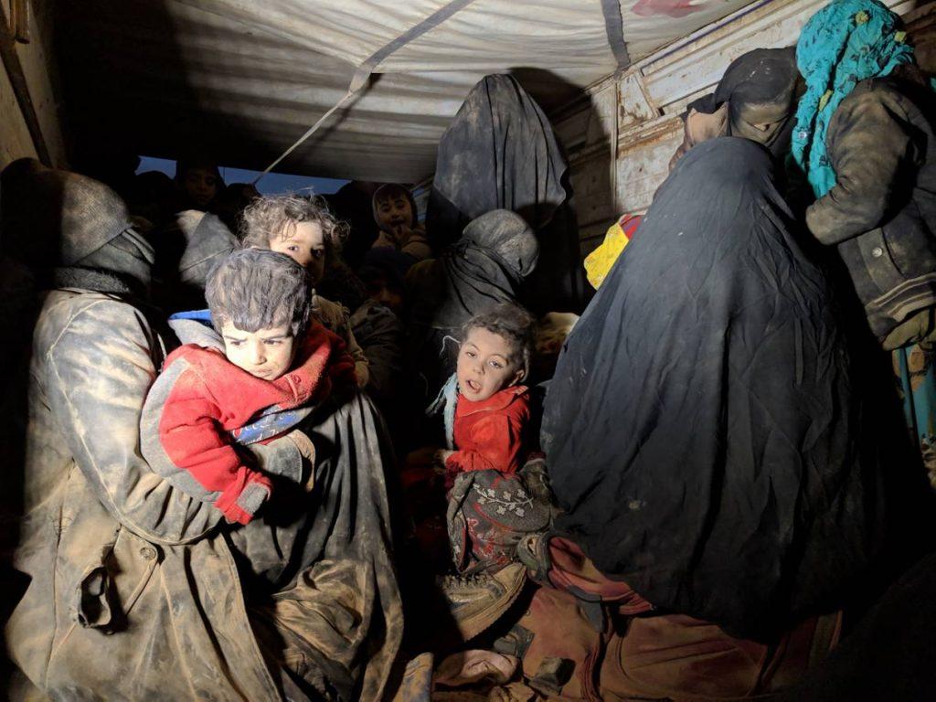 صحيفة الاندبندنت: فرنسا تُعيد أطفالا من مخيمات سوريا وتستثني البالغين (صور)