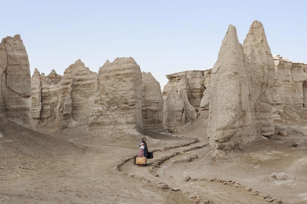 صور: إيرانية وُلدت على حدود بلادها مع العراق.. تستعيد ذكريات الحرب والنزوح