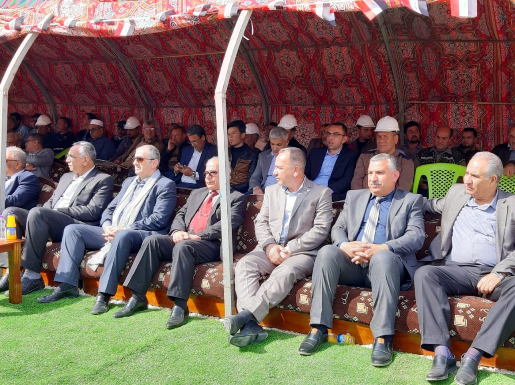 صور: محافظة الأنبار يفتتح معمل سمنت كبيسة.. ويؤكد: سنفتتح فوسفات القائم
