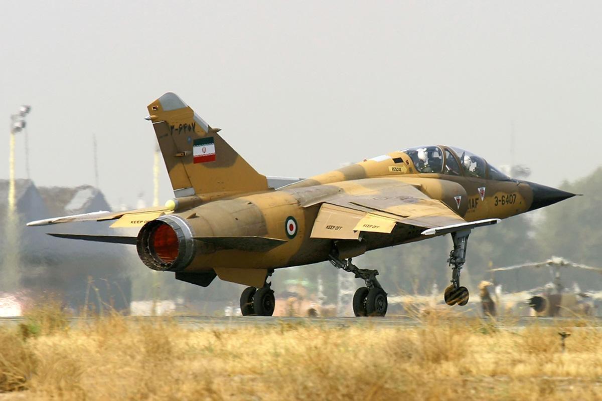 """تقرير: إن وقعت الحرب مع أميركا.. طهران ستوقظ طائرات عراقية مموّهة بـ """"العَلَم الإيراني""""!"""