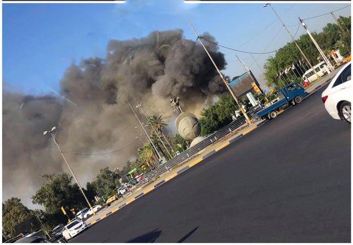 صور: حريق في دائرة جنسية الكرخ وسط بغداد