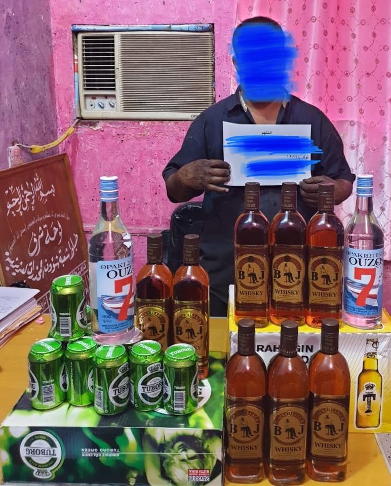 """بعد """"مزرعة المخدرات"""".. شرطة واسط تعتقل شخصا يبيع الكحول في محل """"تصليح عجلات"""""""