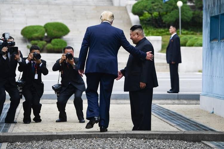 تڕەمپ و کیم لە کۆریای باکوور کۆبوونەوە