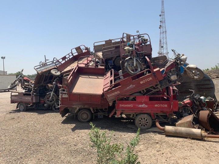 """الامانة تنشئ """"مقبرة للستوتات"""" بعد مصادرتها جنوب بغداد (صور)"""