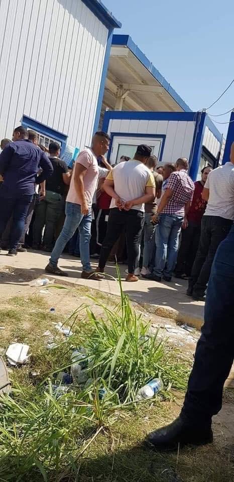 بعد جولة وزير الداخلية.. صور تكشف حجم الفوضى في دائرة مرور التاجيات!