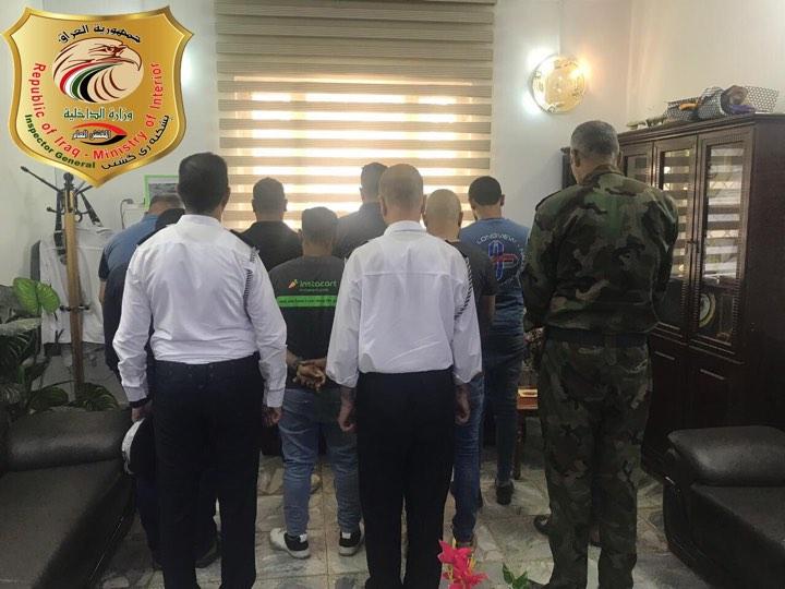 مفرزة الجرم المشهود تضبط 12 ضابطاً ومنتسباً يتلقون رشاوى في مرور التاجيات (صورة)