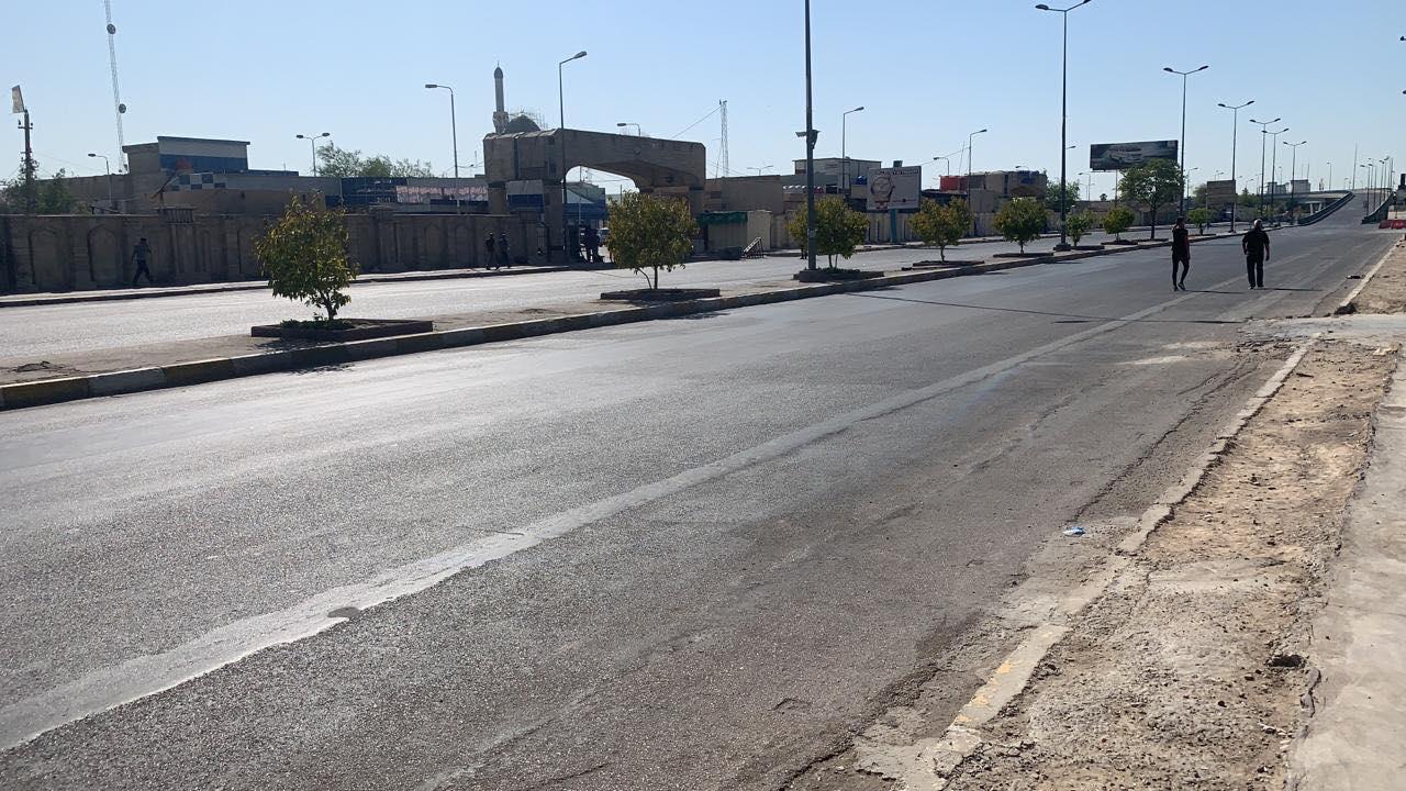 """صور: العلاوي """"منزوعة السيارات"""".. شوارع خالية استعدادا لتظاهرات """"تيار الحكمة"""""""