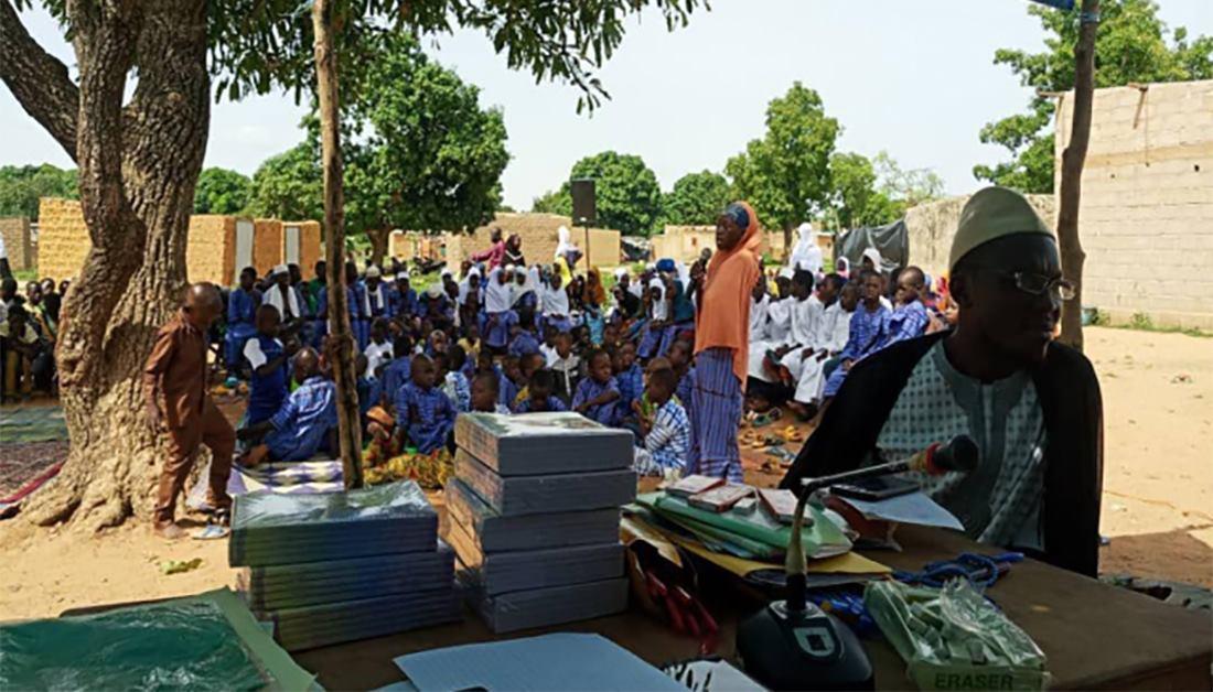 العتبة الحسينية تبدأ دورات صيفية في صحراء إفريقيا (صور)
