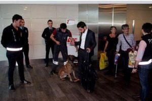 """صور مفبركة لاعتقال نجل شقيق الصدر في اسطنبول.. وأحمد الصدر لـ""""ناس"""": لم أغادر النجف"""