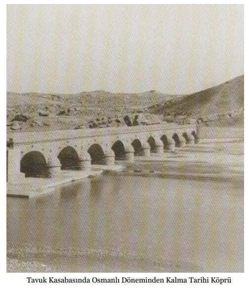 حجر عثماني وحديد إنكليزي.. ماذا تعرفون عن أقدم الجسور نحو بغداد؟ (صور)