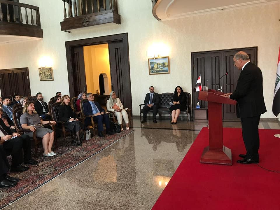 بوقفة صمت.. سفارة العراق بتركيا تستذكر مجزرة وزارة الخارجية 2009