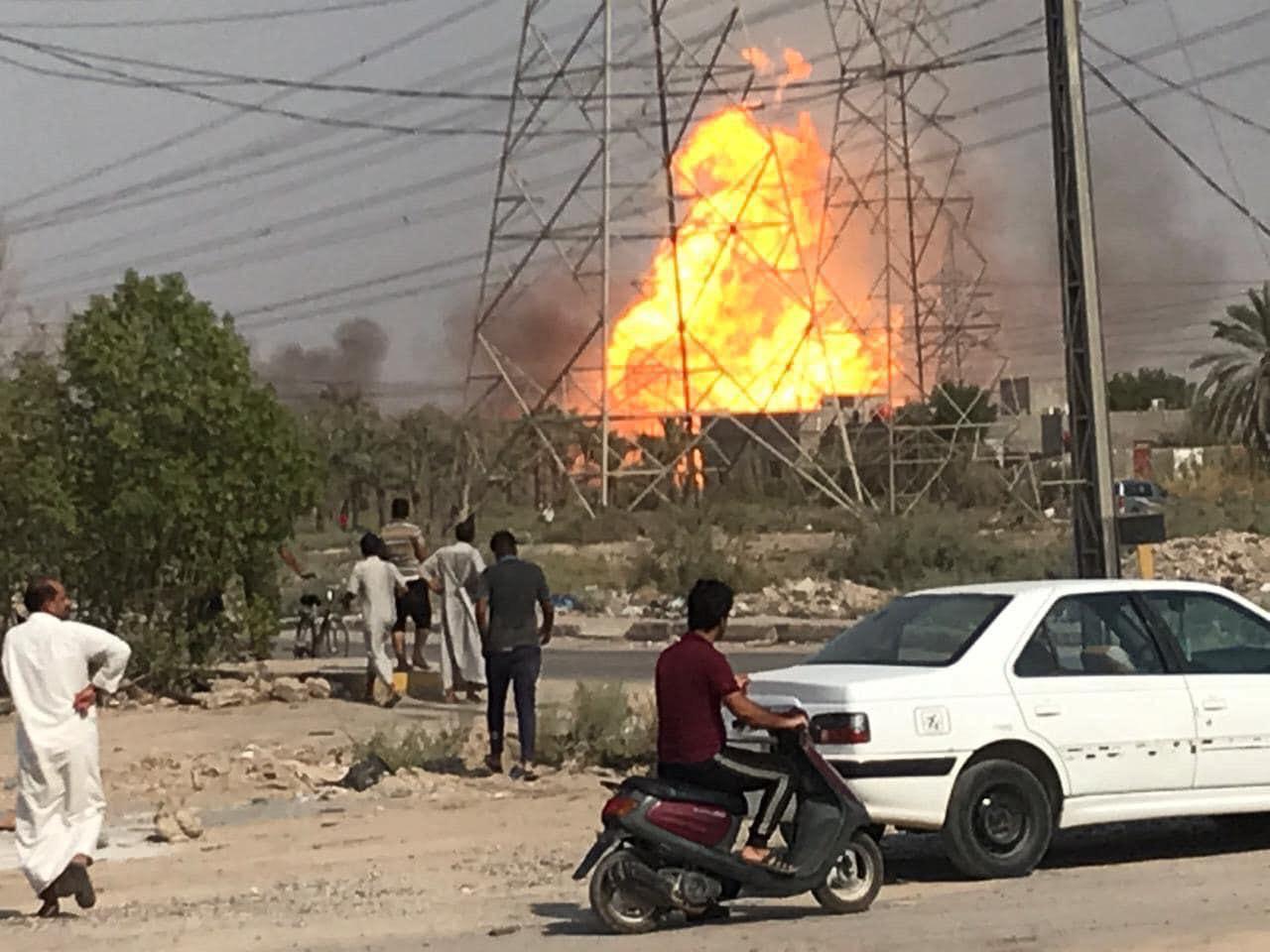 اندلاع حريق هائل في محطة الطاقة الحرارية بالهارثة شمال البصرة (فيديو +صور)