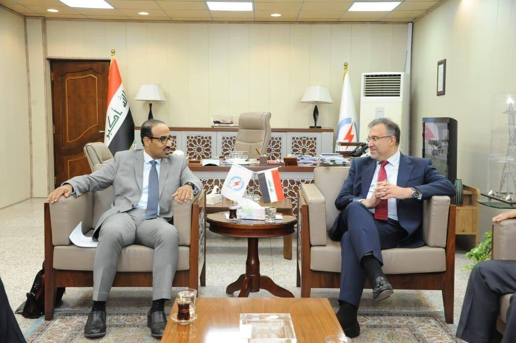 """العراق يكشف تفاصيل جديدة حول """"مشروع عملاق"""" يربطه بالخليج"""