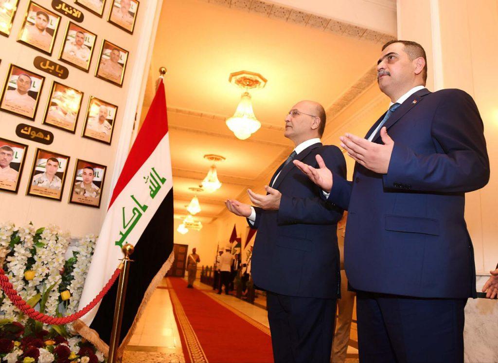 رئيس الجمهورية يزور مقر وزارة الدفاع في بغداد ويلتقي كبار الضباط