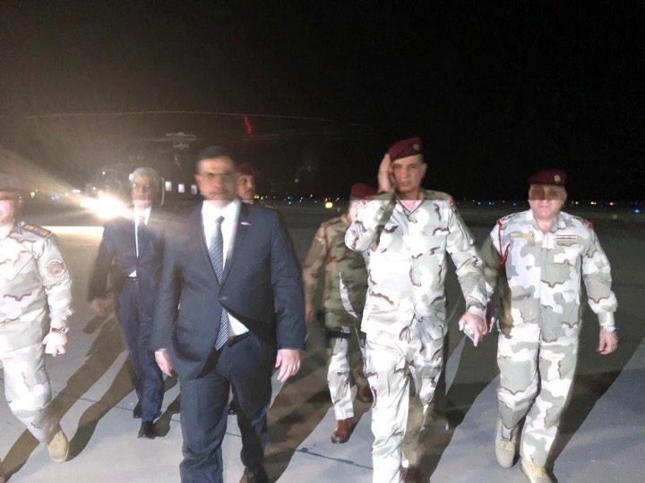 """بعد حريق معسكر """"الحشد"""" .. وصول وزير الدفاع إلى قاعدة بلد"""