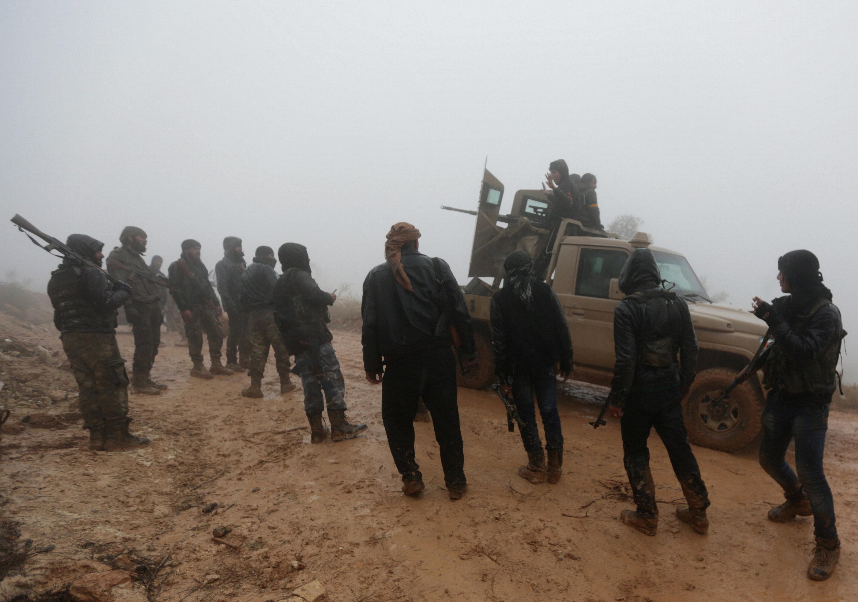 داعش بە ناوێکی نوێ لە خانەقین و حەمرین گردبوونەتەوە.. بەرپرسێکی پێشمەرگە زانیاری ئاشکرا دەکات