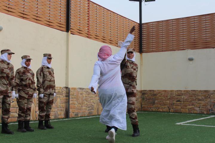 لأول مرة.. استعراض عسكري نسائي في السعودية (صور)