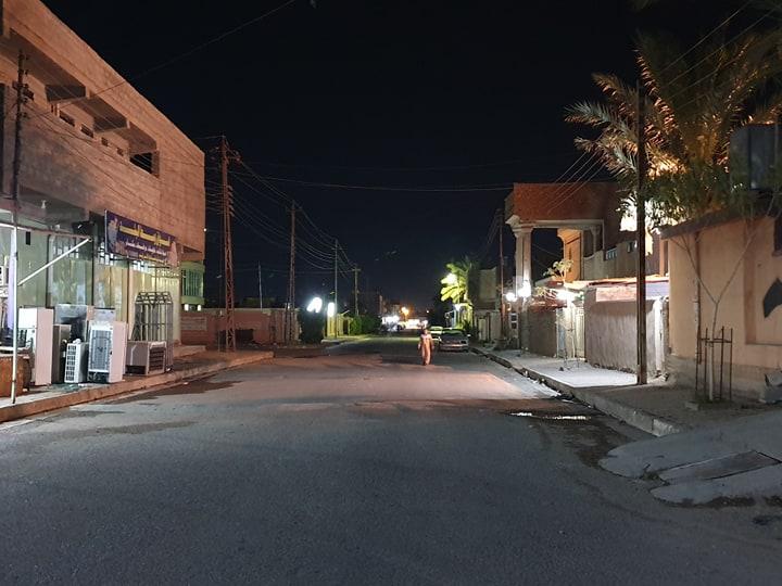 صور: شوارع هيت خالية بعد تساقط قذائف المشجب المحترق