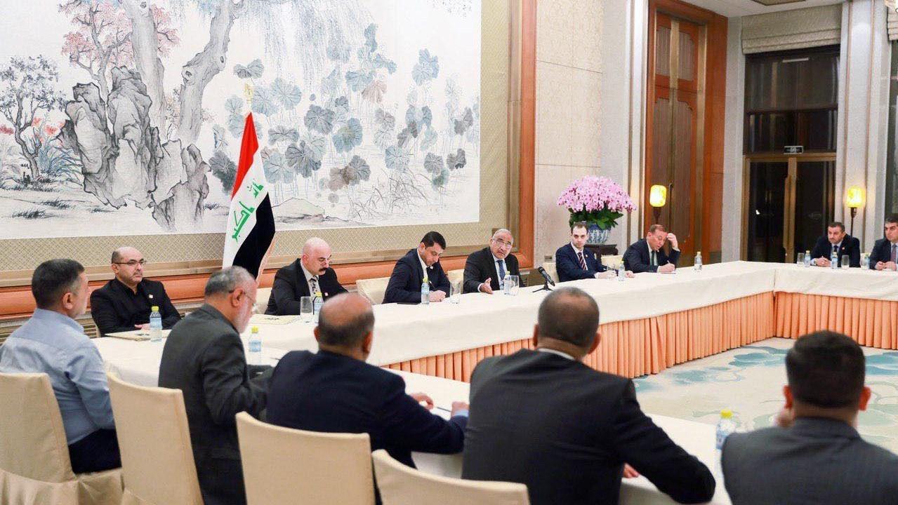 عبدالمهدي يبحث مع المحافظين استثمار التجربة الصينية في إعمار العراق
