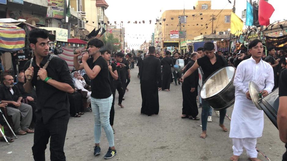 90 ألف عربي وأجنبي نزلوا في فنادق كربلاء خلال مراسم عاشوراء (صور)