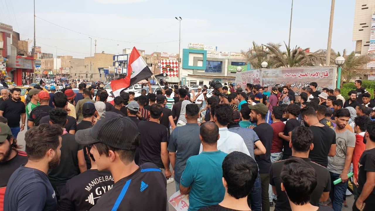 """ألبوم """"احتجاجات أكتوبر"""": 60 صورة من 4 محافظات"""