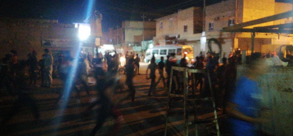 متظاهرون يتوجهون إلى منزل حميد الغزي في الناصرية