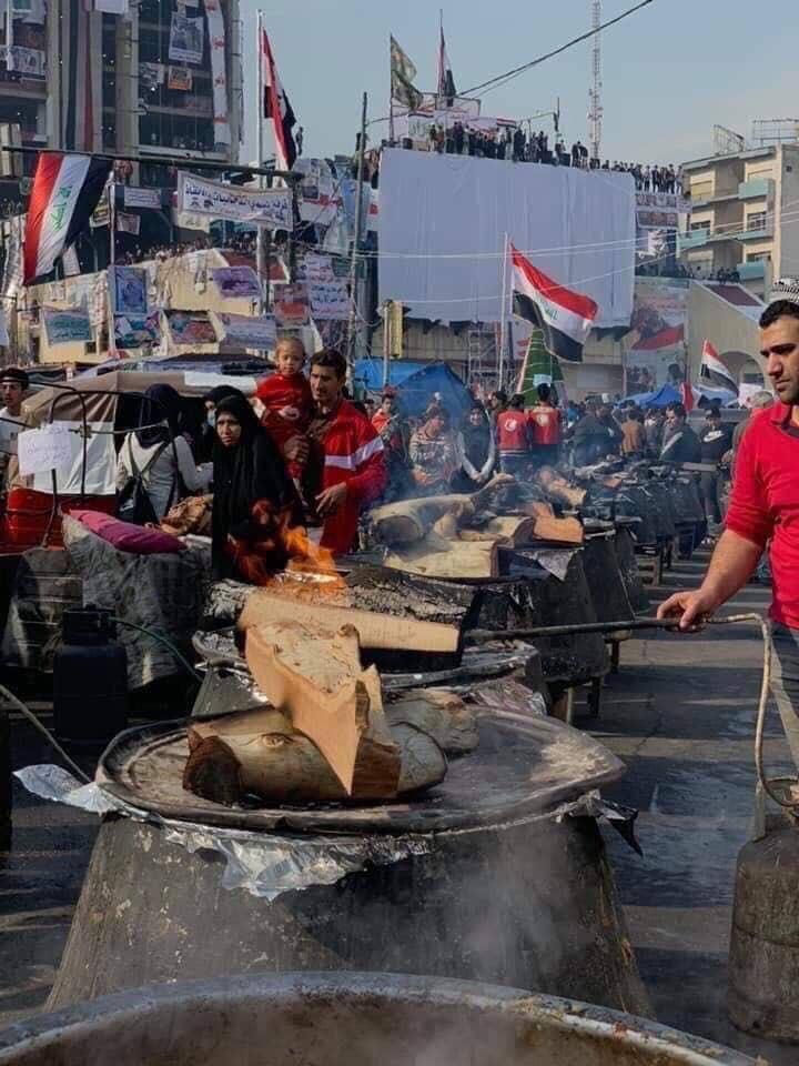 صور : قيمة النجف في ساحة التحرير