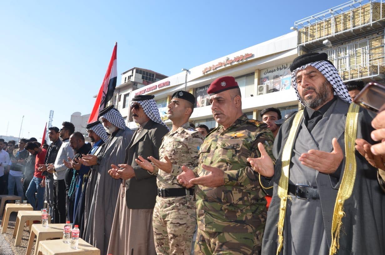تحية عسكرية وحداد مهيب.. ميسان تؤبن ضحايا الاحتجاجات (صور)