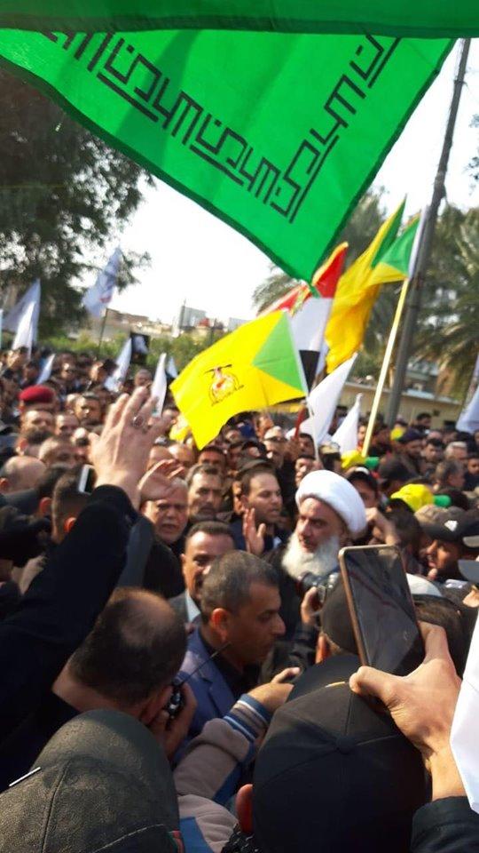 سياسيّون وقادة في الحشد يشيّعون سليماني والمهندس (صور)