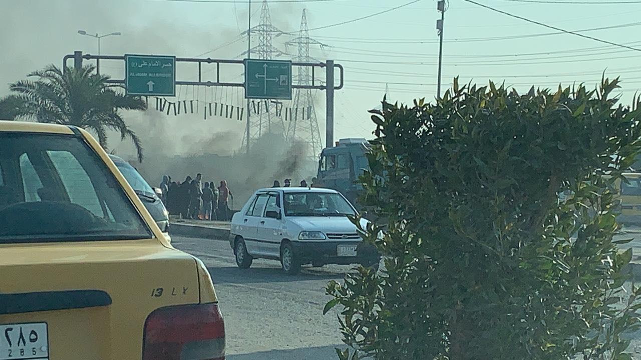 صور: شلل تام في النجف.. دخان التصعيد في كل مكان