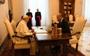 پاپای ڤاتیكان دەیەوێت ببێت بە عێراقی داوای ناسنامە لە بەرهەم ساڵح دەکات