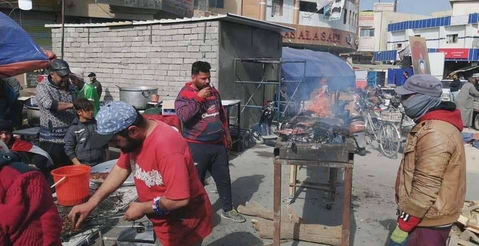 موعد الغداء بتوقيت ساحة الحبوبي في الناصرية (صور)