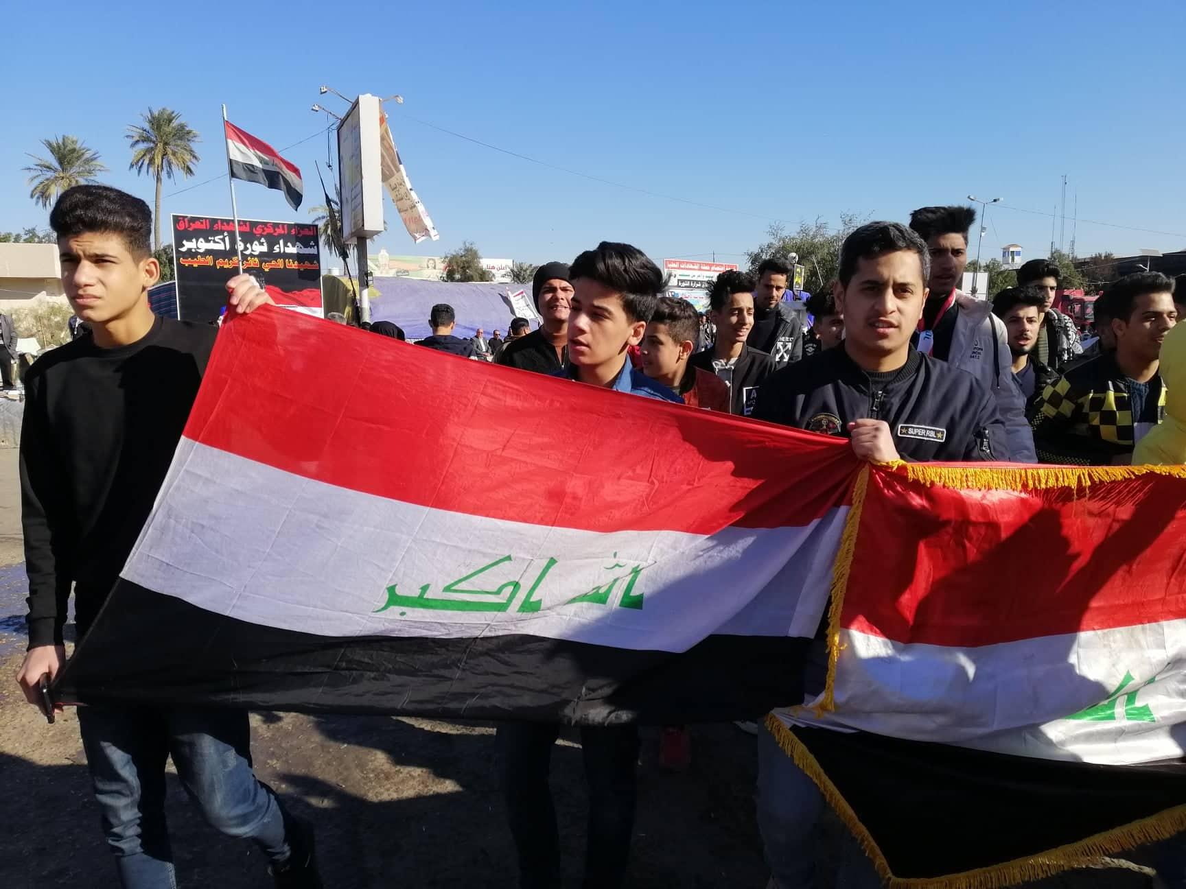 متظاهرو الديوانية يعلنون خطتهم للتصعيد بالتنسيق مع ذي قار