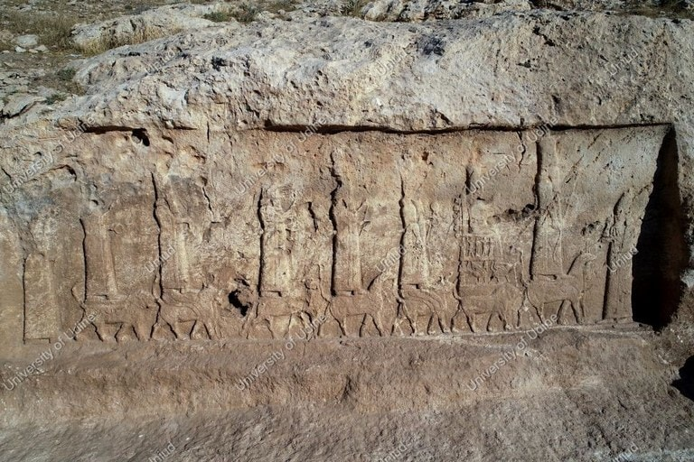 """هذه النقوش """"الآشورية"""" التي عثرت عليها البعثة الإيطالية (صور)"""