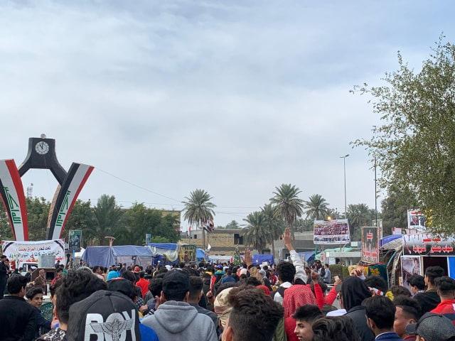 متظاهرو الديوانية يحتشدون في