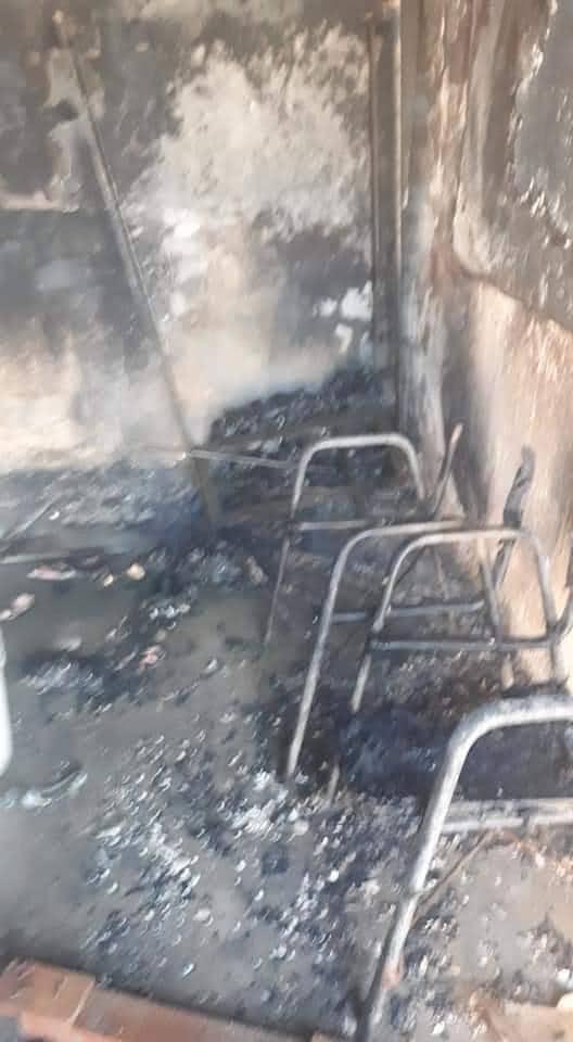 """مجهولون يحرقون مدرسة """"الدعوة الاسلامية"""" في ذي قار (صور)"""