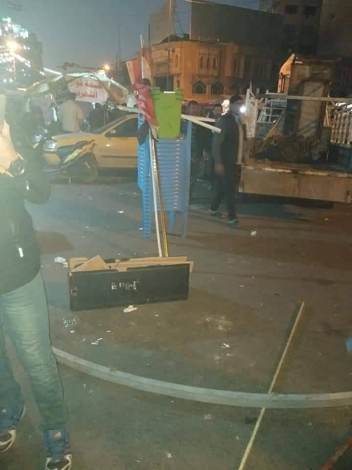 الآن.. الصدريون ينصبون خيمهم من جديد في ساحة التحرير (صور)