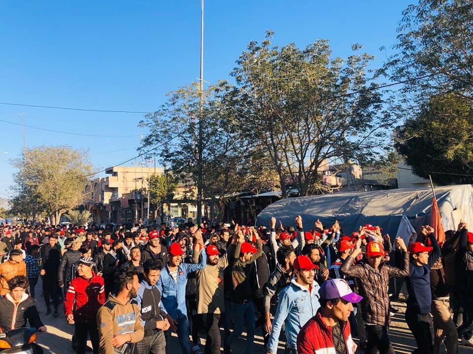 أول ظهور للقبعات الحمراء فمن هم مرتدوها؟