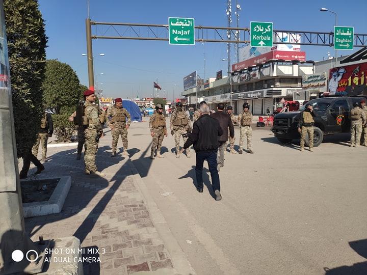 انتشار أمني كثيف.. توافد حشود المتظاهرين لساحات الاعتصام: