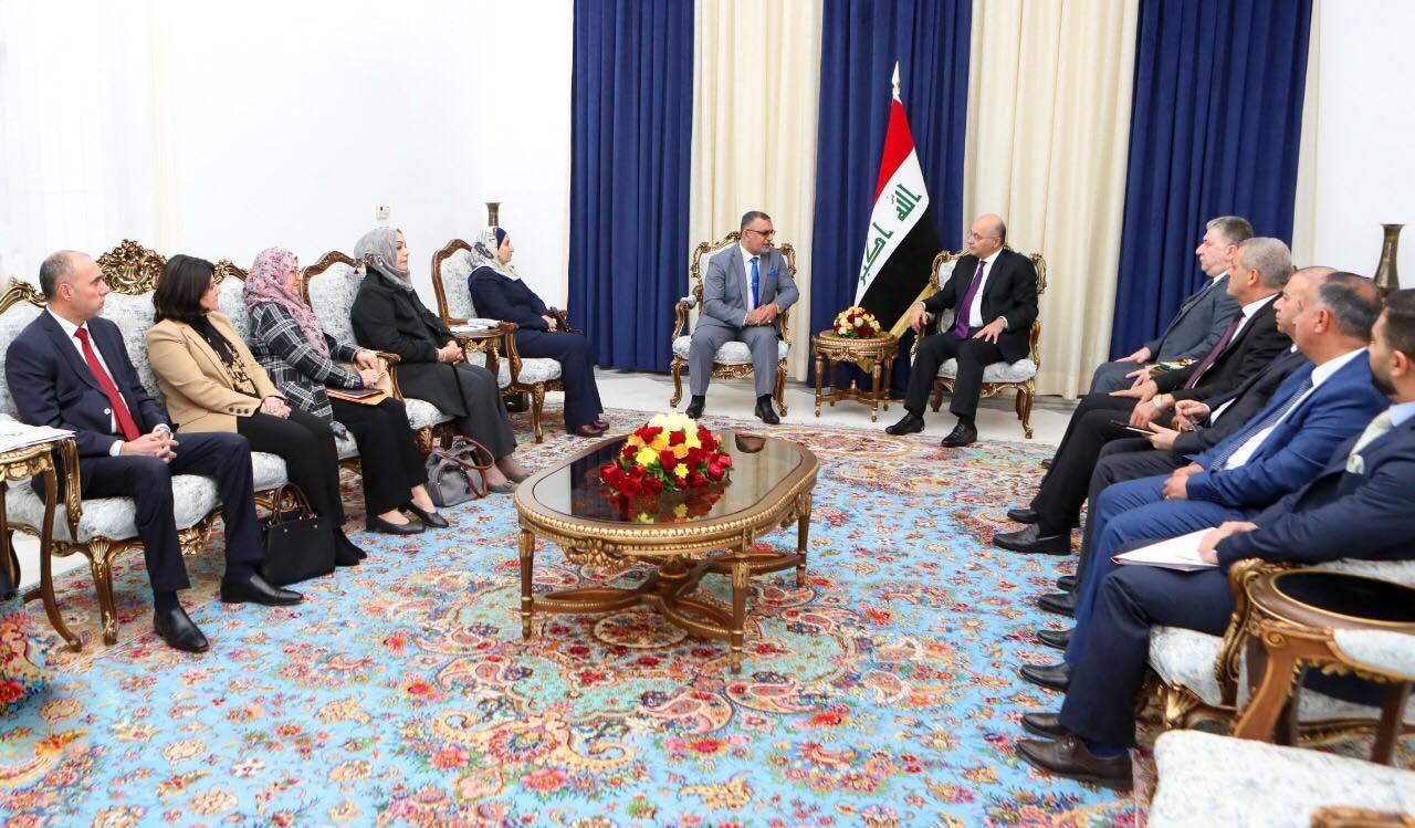 مجلس الخدمة الاتحادي يعرض طبيعة أدائه أمام رئيس الجمهورية