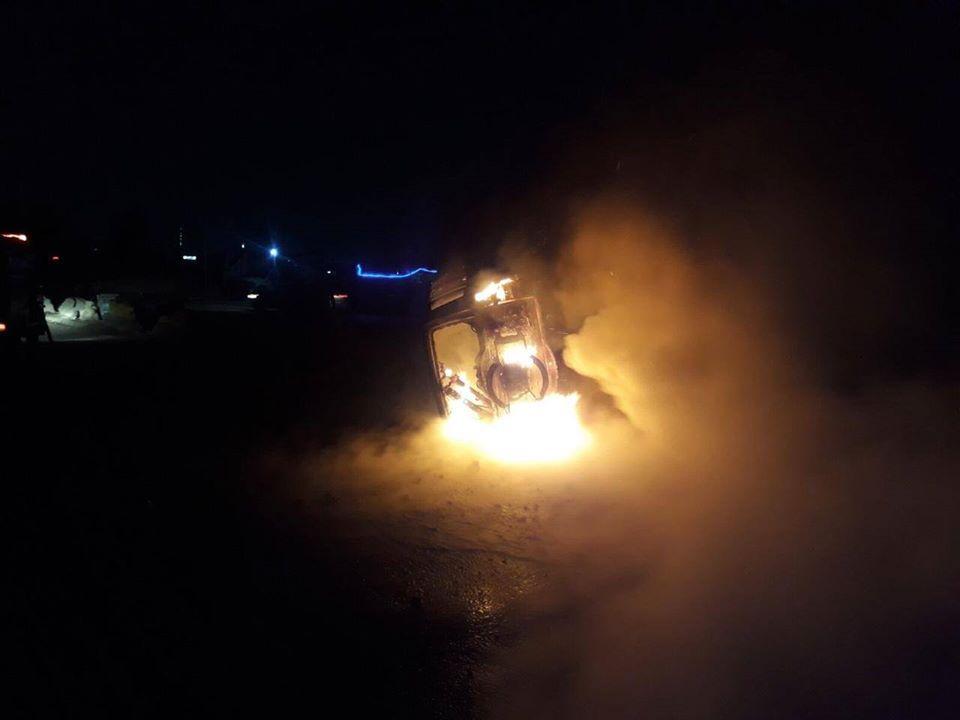 """بغداد: حريق في عجلة """"باجيرو"""" حكومية"""