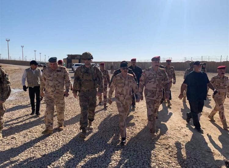 التحالف الدولي ينسحب من قاعدة عسكرية في محافظة الأنبار (صور)