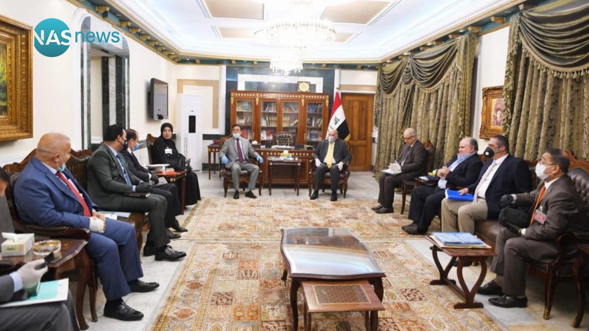 اجتماع رفيع في وزارة المالية لتدارس آليات إدارة الأزمة الاقتصادية في البلاد