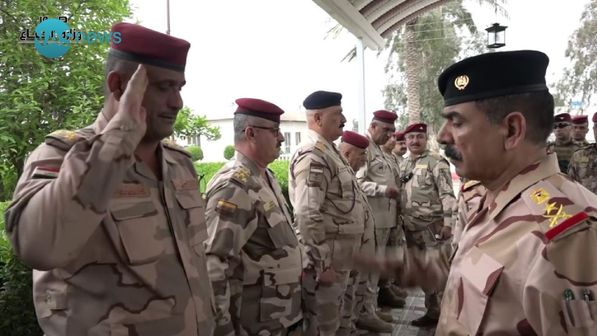 وزير الدفاع يهدد القادة باجراءات: أغلقوا صفحاتكم فوراً!