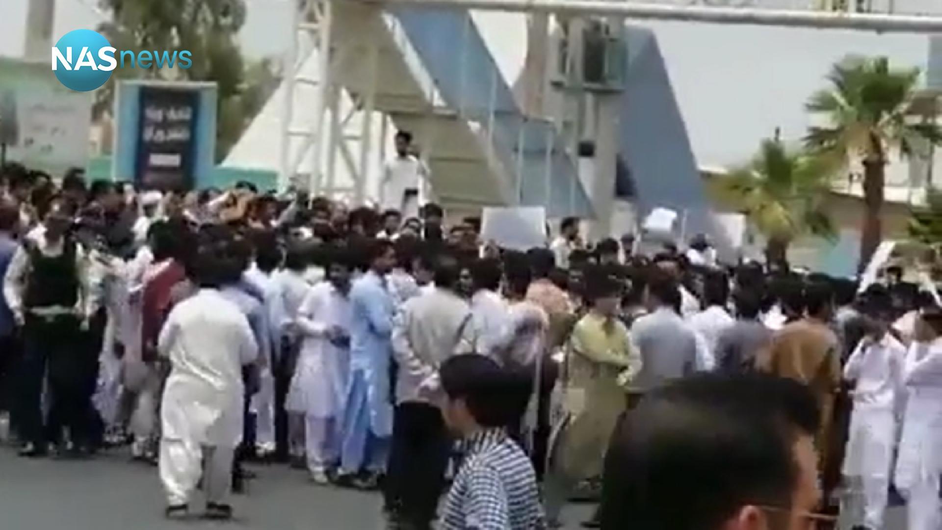 تقرير: ضحايا برصاص الحرس الثوري بعد احتجاجات غاضبة في إيران بسبب 'طرح رزاق'!